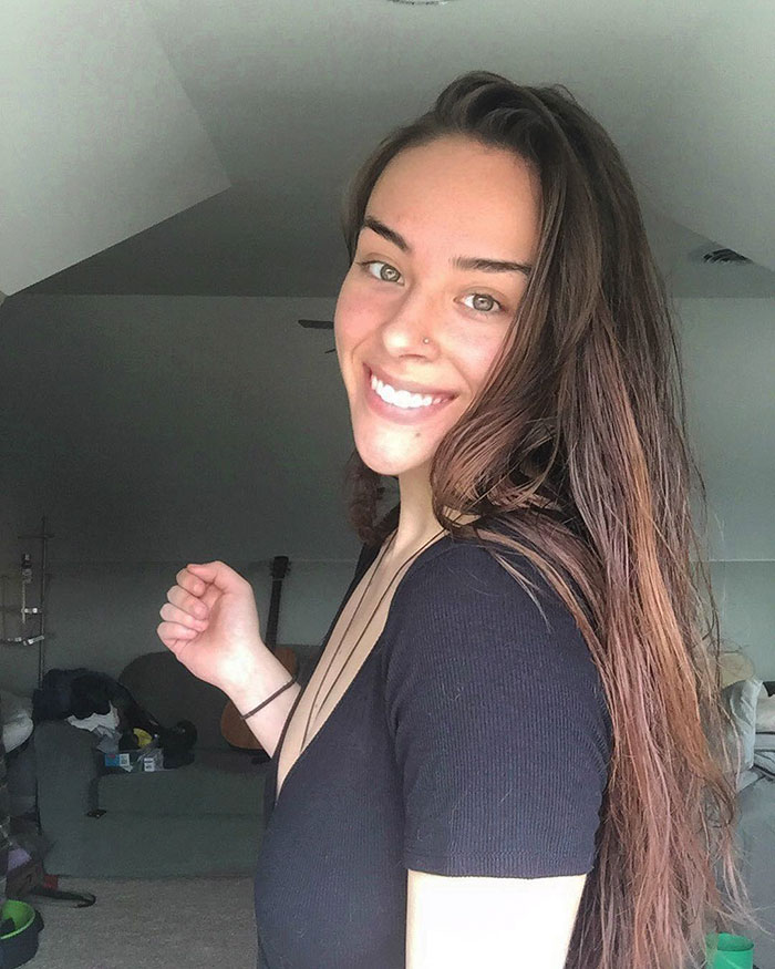 Fitness Blogger Reveals What Happens When You Don't Shave Legs And Pits For 1 Year To Promote Natural Beauty - Εικόνα 6