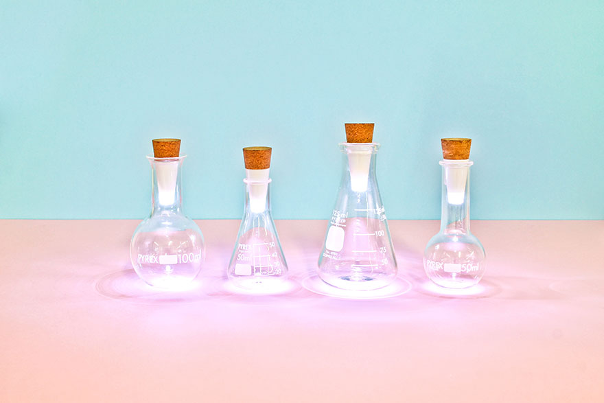 Turn Old Bottles Into Lamps With Rechargeable LED Corks - Εικόνα6